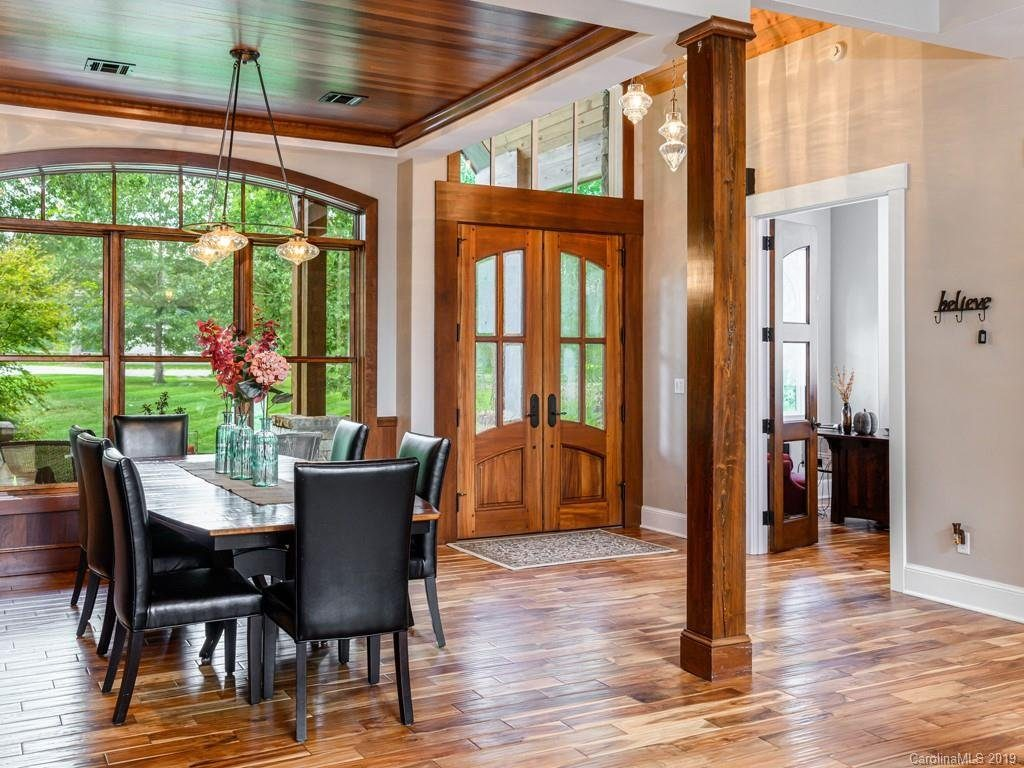 hendersonville luxury builders