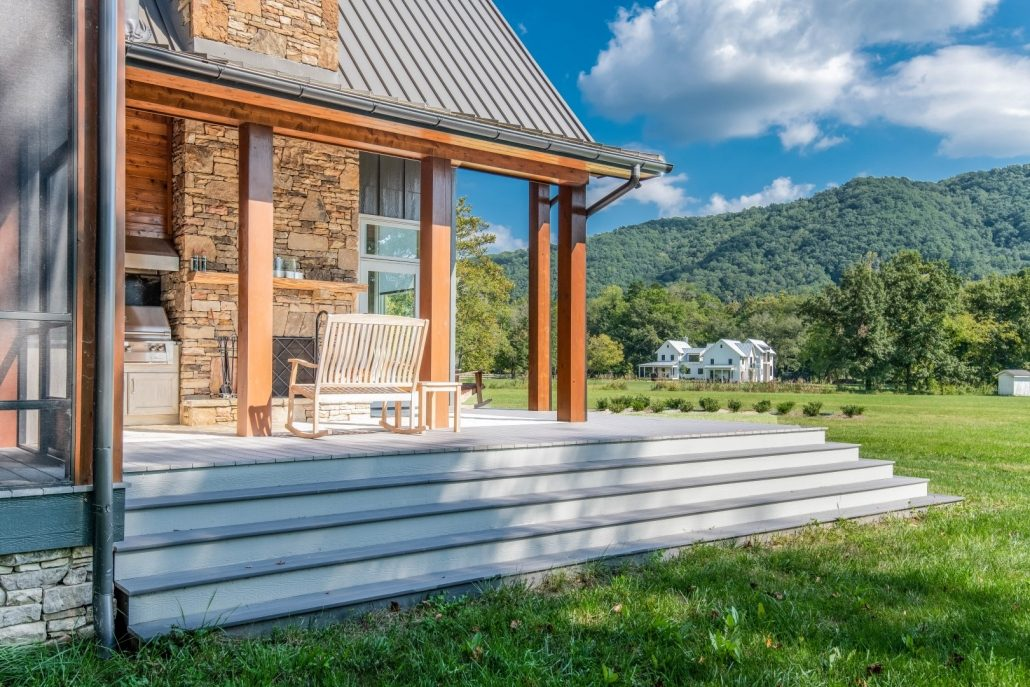 Modern Farmhouse_Asheville Builders 3