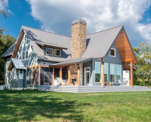 Modern Farmhouse_Asheville Builders 7