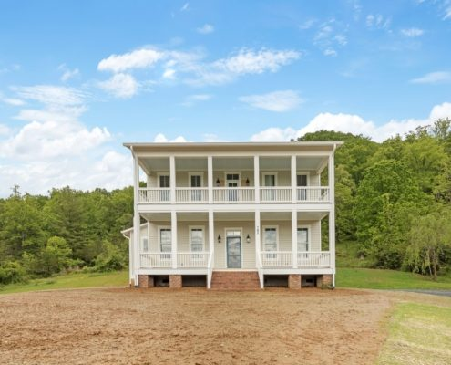farmhouse-home-builders-hendersonville-nc Judd-Builders