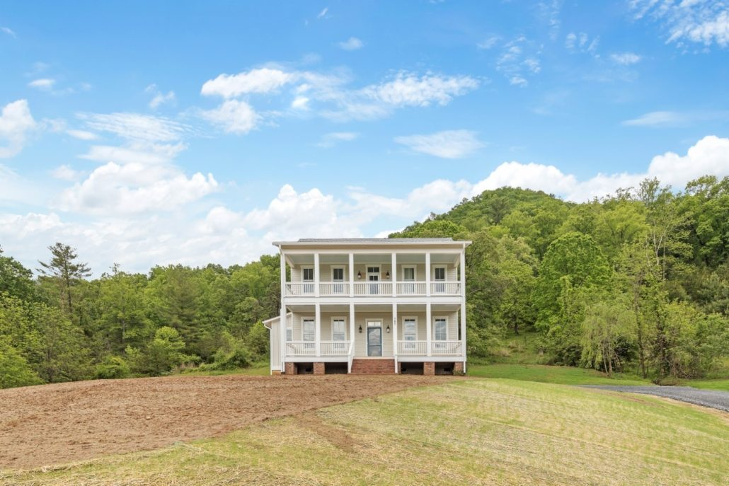wnc-farmhouse-home-builders- Judd-Builders