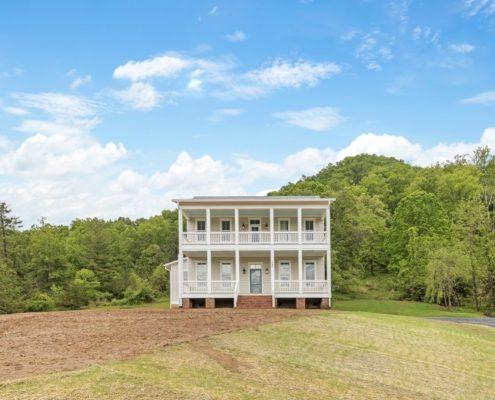 wnc-farmhouse-home-builders- Judd-Builders